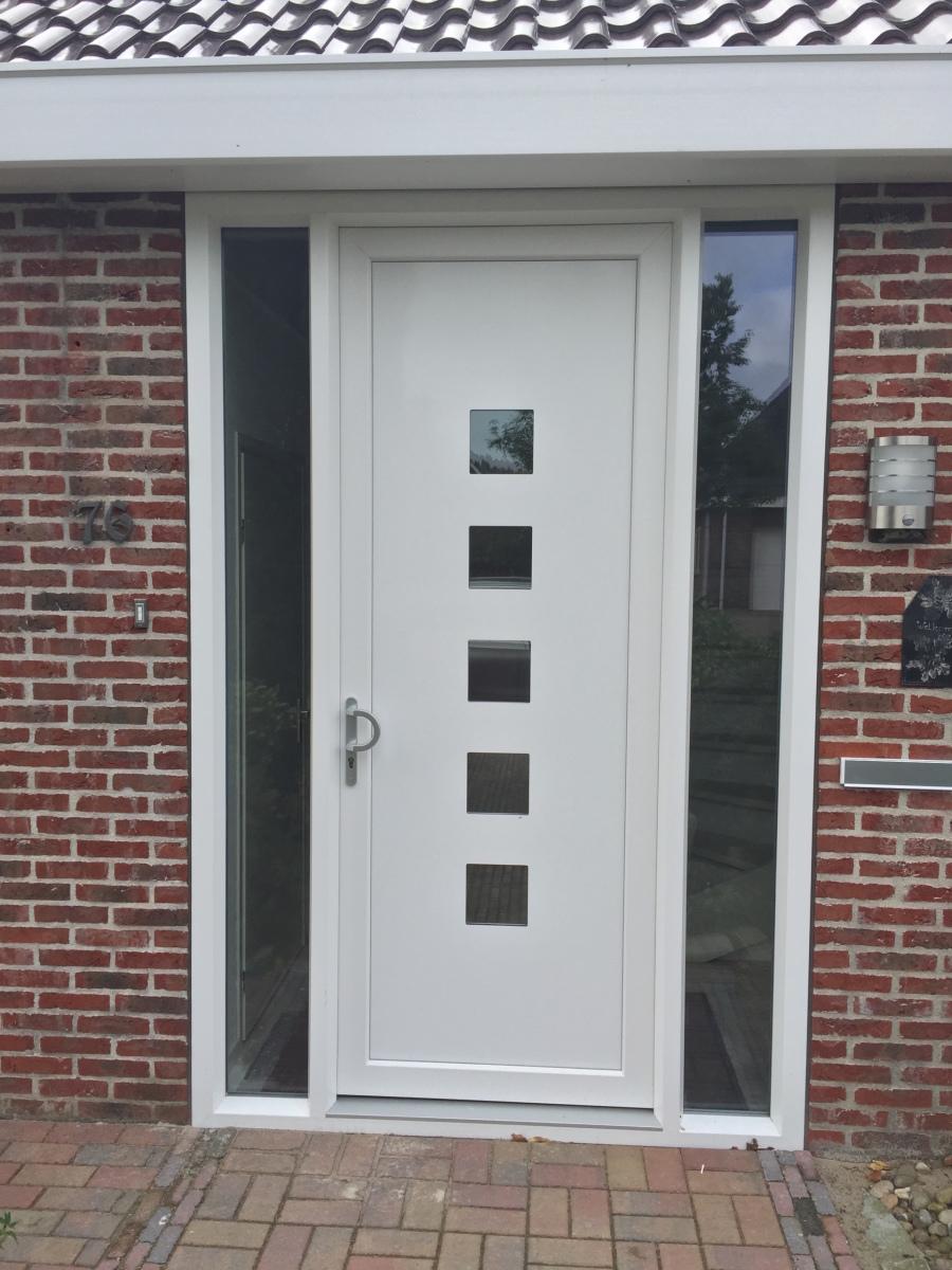 Voordeur met 2 zijlichten for Vaste zoldertrap incl plaatsen en inmeten